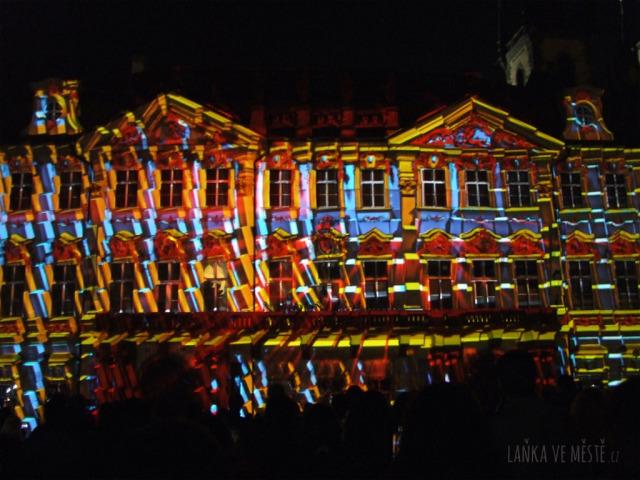 Videomapping Dreamforge maďarského uskupení MaxIn10sity, palác Kinských na Staroměstském náměstí, Signal Festival, Praha