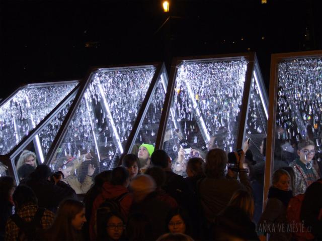 Jaroslav Bejvl ml., Crystallation – interaktivní instalace na náměstí Jana Palacha, Signal festival, Praha